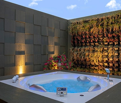 Open Jacuzzi at Presidential Suite of D.A.T.A. Resort